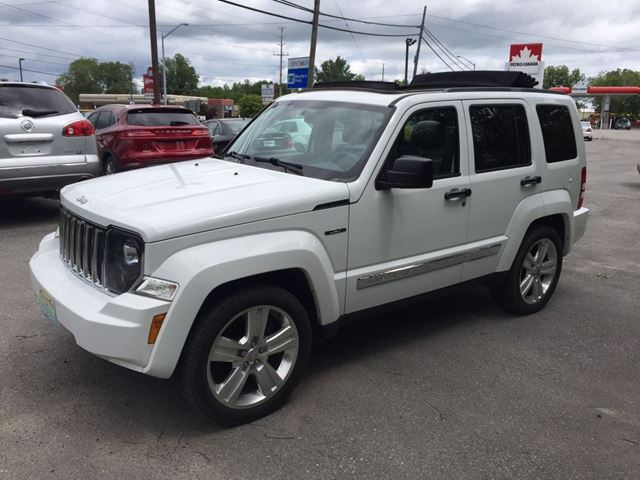 2012 jeep liberty limited jet only 67500 km perth ontario used car for sale 2729733. Black Bedroom Furniture Sets. Home Design Ideas