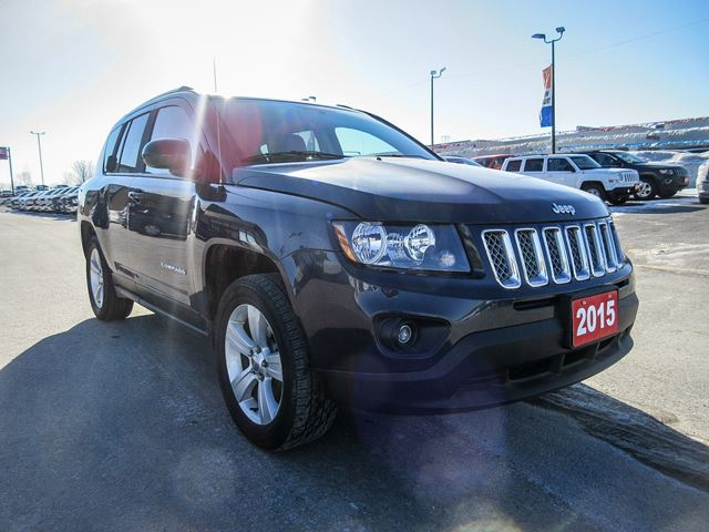 used 2015 jeep compass north 4x4 orillia. Black Bedroom Furniture Sets. Home Design Ideas