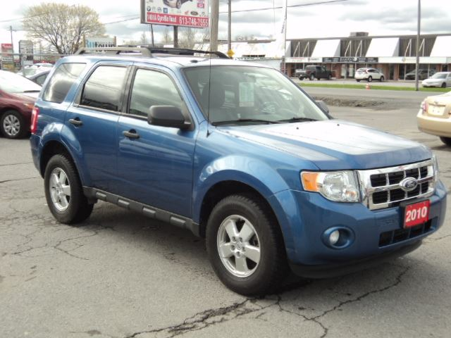 2010 ford escape xlt ottawa ontario car for sale 2729541. Black Bedroom Furniture Sets. Home Design Ideas