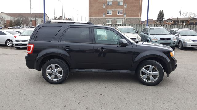 2011 ford escape limited oshawa ontario used car for sale 2729777. Black Bedroom Furniture Sets. Home Design Ideas