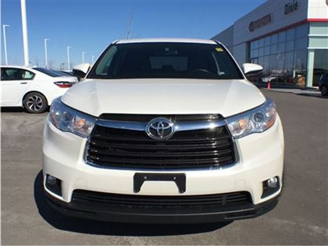 2014 toyota highlander le mississauga ontario used car for sale 2730413. Black Bedroom Furniture Sets. Home Design Ideas