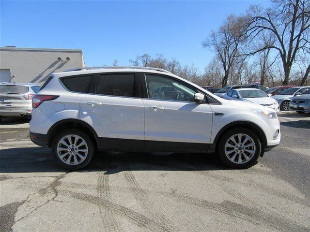 2017 ford escape titanium 4wd toronto ontario used car. Black Bedroom Furniture Sets. Home Design Ideas