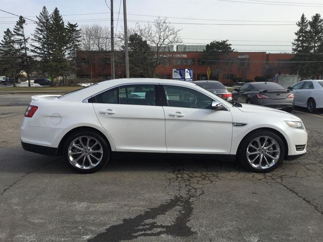 2016 ford taurus ltd awd navi reverse cam oakville ontario used car for sale 2730473. Black Bedroom Furniture Sets. Home Design Ideas