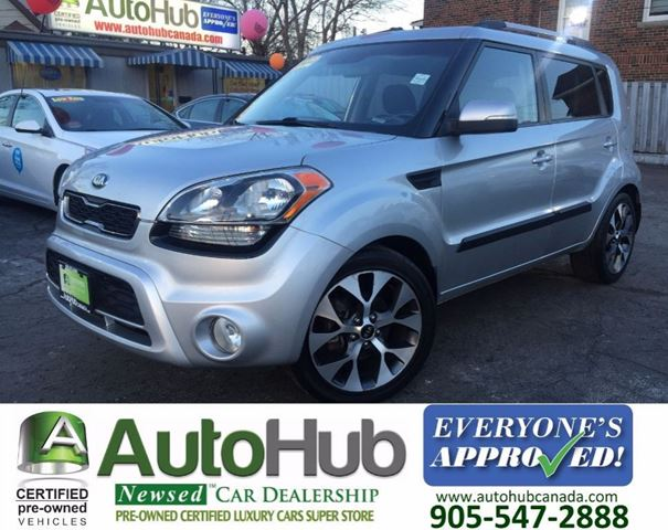 2013 Kia Soul 2.0L  4U  LUXURY  SUNROOF BACKUP CAMERA in Hamilton, Ontario