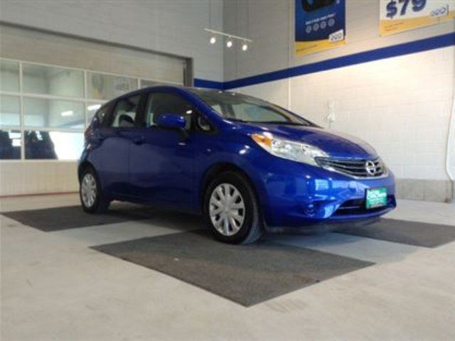 2016 nissan versa sv winnipeg manitoba used car for sale 2730760. Black Bedroom Furniture Sets. Home Design Ideas