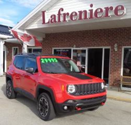 2015 Jeep Renegade Trailhawk Red