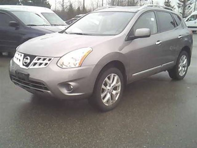 2012 nissan rogue sv cvt scarborough ontario used car for sale 2731464. Black Bedroom Furniture Sets. Home Design Ideas