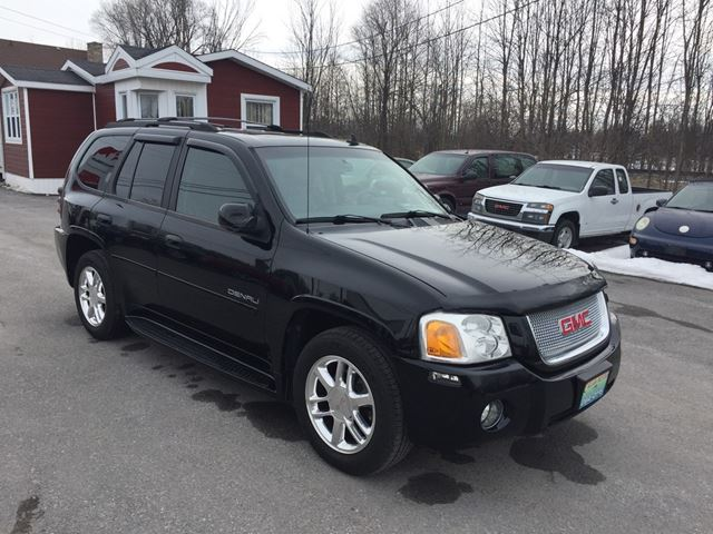 2007 gmc envoy denali loaded super clean perth ontario. Black Bedroom Furniture Sets. Home Design Ideas