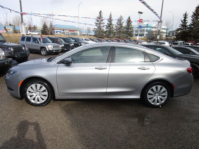 2016 chrysler 200 lx automatic calgary alberta used car. Black Bedroom Furniture Sets. Home Design Ideas