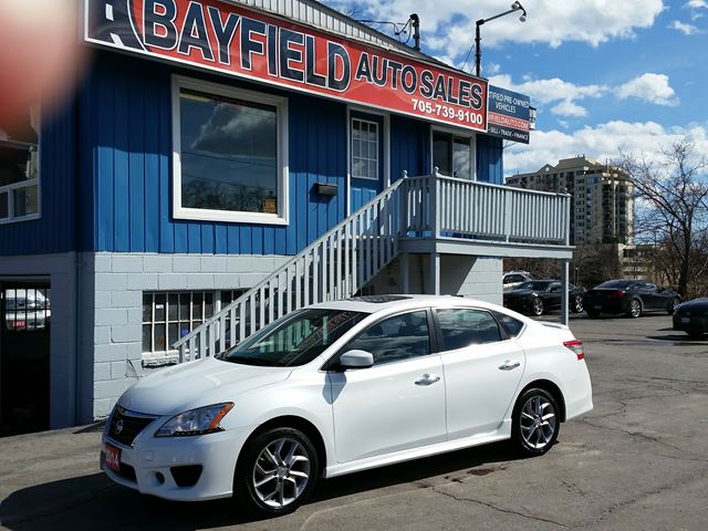 2014 NISSAN SENTRA SR **Auto/Navigation/Sunroof/Heated Seats** in Barrie, Ontario
