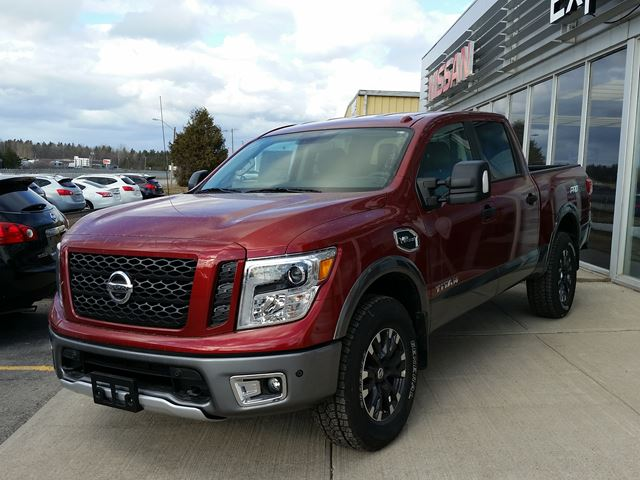 2017 nissan titan pro 4x red experience nissan new car. Black Bedroom Furniture Sets. Home Design Ideas