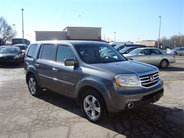 2012 Honda Pilot EX-L with NAVIGATION ~ FULLY LOADED ~ LEATHER ~ in Toronto, Ontario