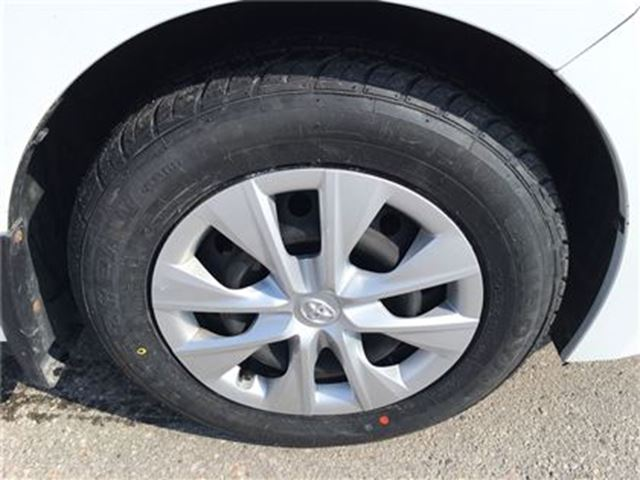 used 2014 toyota corolla ce auto new tires bowmanville. Black Bedroom Furniture Sets. Home Design Ideas