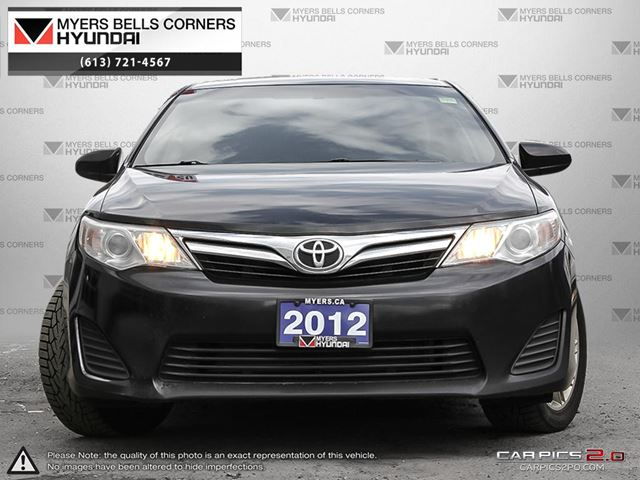 2012 toyota camry ottawa ontario used car for sale. Black Bedroom Furniture Sets. Home Design Ideas