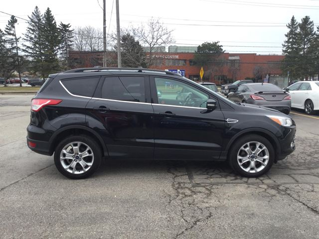 2013 ford escape sel navi leather ecoboost oakville ontario used car for sale 2732235. Black Bedroom Furniture Sets. Home Design Ideas