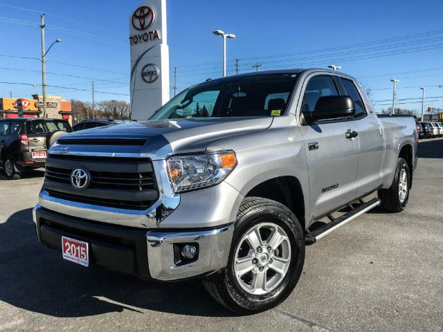 2015 toyota tundra sr5 double cab 5 7l sr5 plus pkg only 27831km cobourg ontario used car. Black Bedroom Furniture Sets. Home Design Ideas