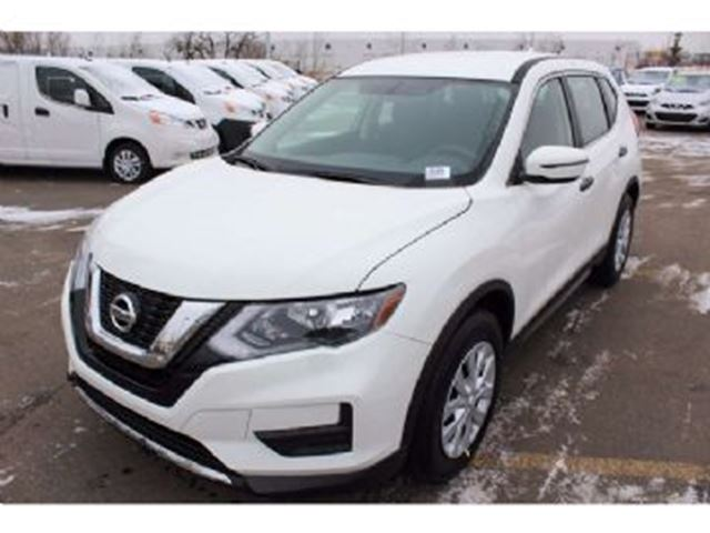 2017 nissan rogue s awd white lease busters. Black Bedroom Furniture Sets. Home Design Ideas