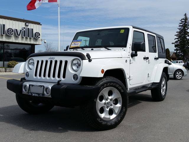 2014 Jeep Wrangler Unlimited Sahara-dual tops-max tow package in Belleville, Ontario