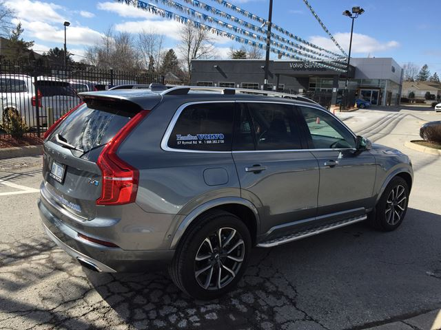 2017 volvo xc90 t6 momentum hamilton ontario used car for sale 2732906. Black Bedroom Furniture Sets. Home Design Ideas