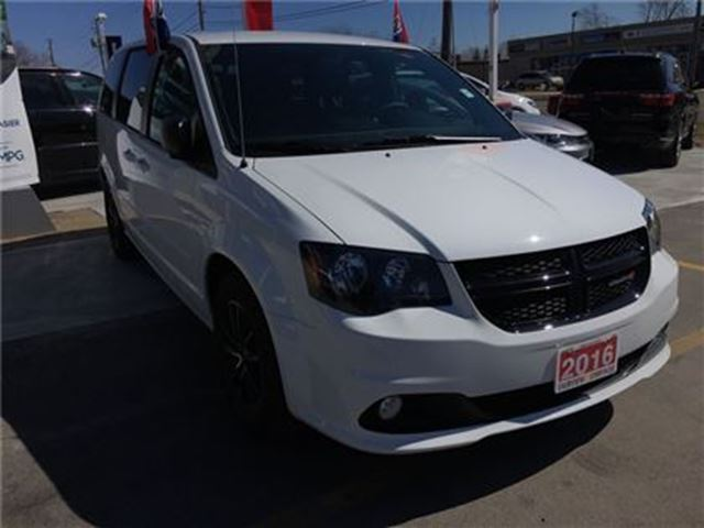 2016 dodge grand caravan sxt burlington ontario used car for sale 2733431. Black Bedroom Furniture Sets. Home Design Ideas