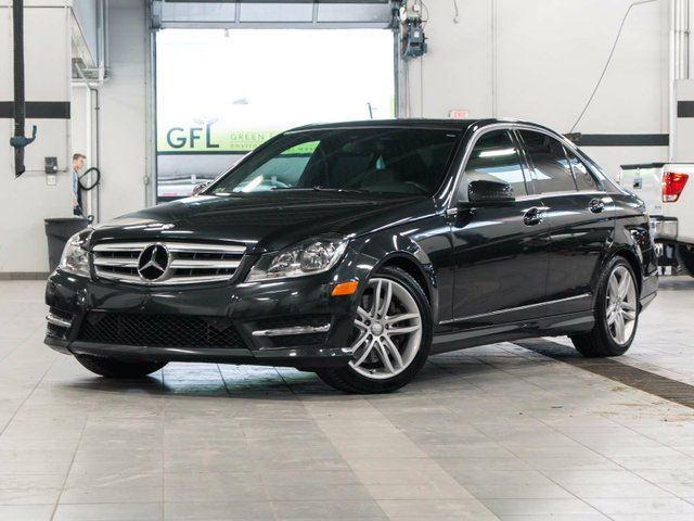 2013 mercedes benz c class c300 4matic kelowna british columbia used car for sale 2732611. Black Bedroom Furniture Sets. Home Design Ideas