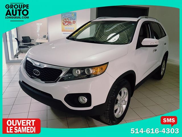 2011 kia sorento lx 7 places v6 longueuil quebec used car for sale 2732691. Black Bedroom Furniture Sets. Home Design Ideas