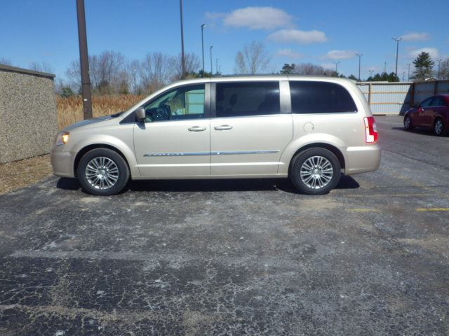 2014 Chrysler Town And Country Touring Cayuga Ontario