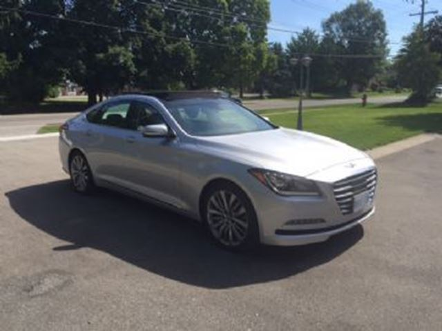 2015 hyundai genesis ultimate awd 5 0l v8 mississauga ontario used car for sale 2733590. Black Bedroom Furniture Sets. Home Design Ideas
