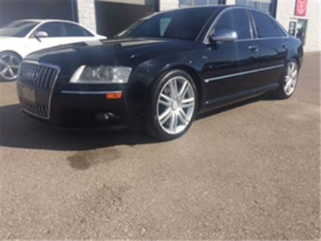 2007 AUDI S8 V10 Navigation No accidents *REDUCED TO SELL* in Guelph, Ontario