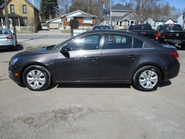 2015 chevrolet cruze fuel efficient lt model 5 passenger 1 4l dohc bradford ontario used. Black Bedroom Furniture Sets. Home Design Ideas