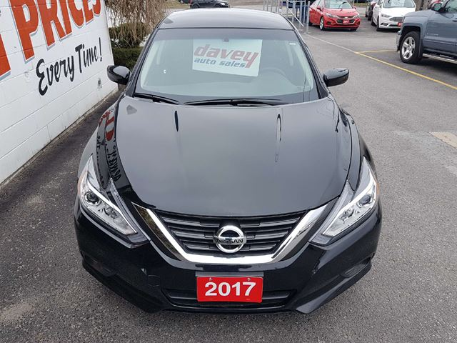 2017 nissan altima 2 5 sv heated seats back up camera remote start oshawa ontario car for. Black Bedroom Furniture Sets. Home Design Ideas