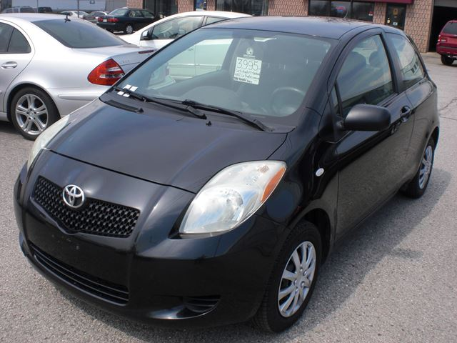 2007 toyota yaris ce black mega auto. Black Bedroom Furniture Sets. Home Design Ideas