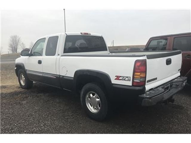 2003 gmc sierra 1500 sl 4x4 ext cab orono ontario car for sale 2734883. Black Bedroom Furniture Sets. Home Design Ideas