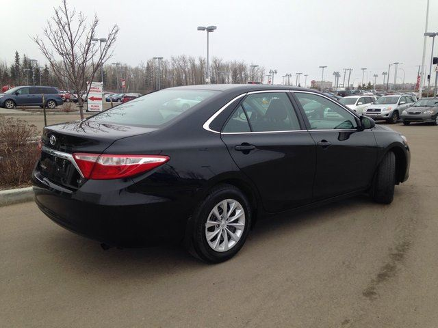 2016 toyota camry le backup cam bluetooth cruise control edmonton alberta used car for sale. Black Bedroom Furniture Sets. Home Design Ideas