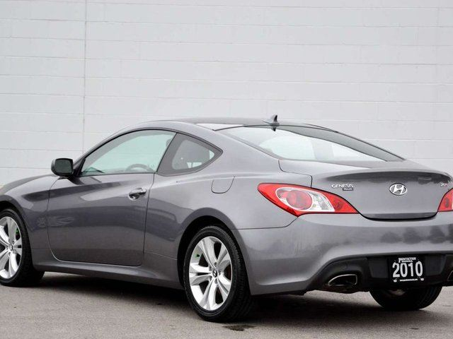 2010 hyundai genesis 2 0t kelowna british columbia car for sale 2735054. Black Bedroom Furniture Sets. Home Design Ideas