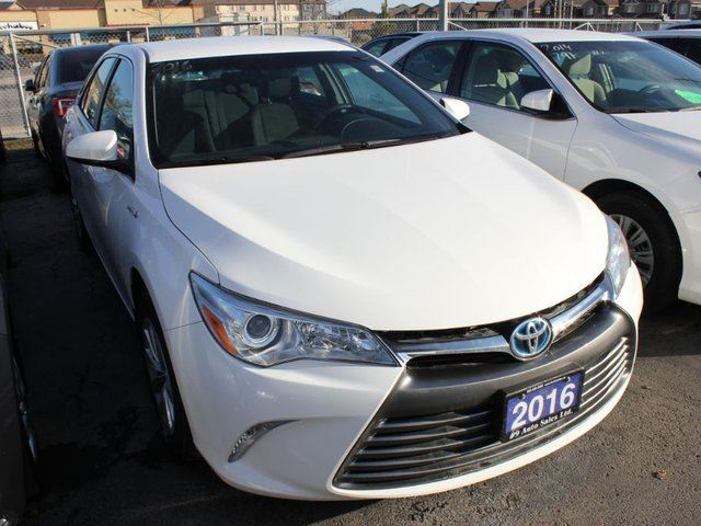 2016 toyota camry hybrid le hybrid brampton ontario used car for sale 2735085. Black Bedroom Furniture Sets. Home Design Ideas