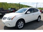 2012 Nissan Rogue FWD SV w/Navigation / Power Sunroof / Winter Tires in Mississauga, Ontario