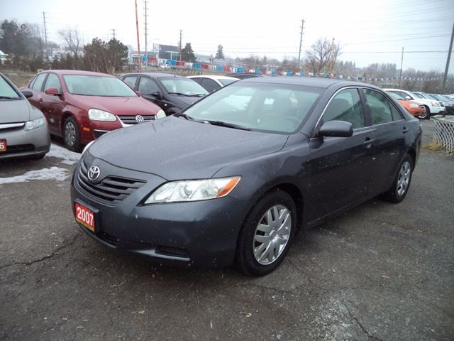 2007 toyota camry le newmarket ontario used car for sale 2735680. Black Bedroom Furniture Sets. Home Design Ideas