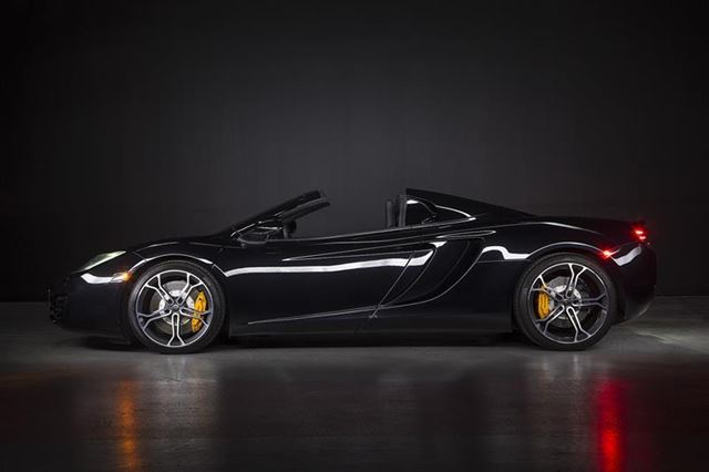 2014 MCLAREN MP4-12C Spyder in Woodbridge, Ontario