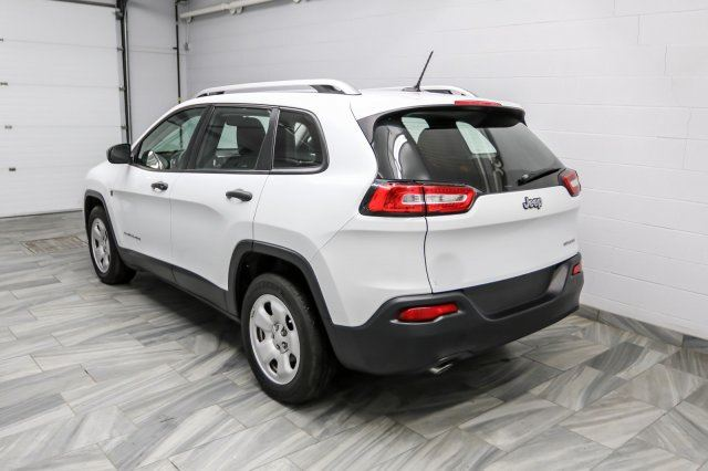 2015 jeep cherokee keyless entry bluetooth power package info center guelph ontario new. Black Bedroom Furniture Sets. Home Design Ideas