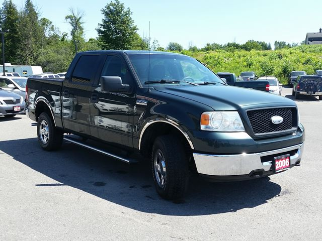 2006 ford f 150 xlt crew cab 4x4 power moonroof ottawa ontario car for sale 2736436. Black Bedroom Furniture Sets. Home Design Ideas