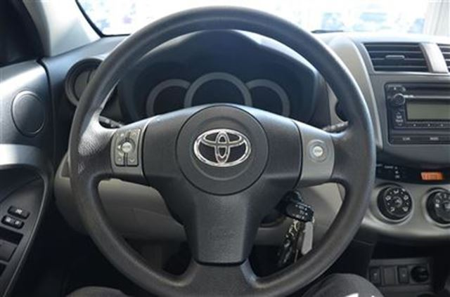 2012 Toyota RAV4 AWD Bluetooth Power Windows Remote