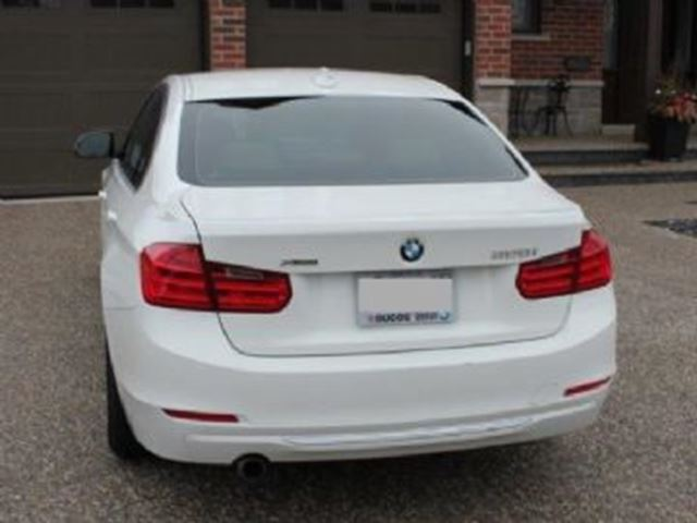 2014 bmw 320i xdrive modern line mississauga ontario used car for sale 2738041. Black Bedroom Furniture Sets. Home Design Ideas