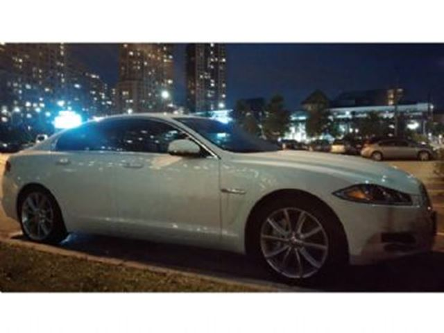 2015 Jaguar XF 4dr Sdn V6 Luxury AWD in Mississauga, Ontario