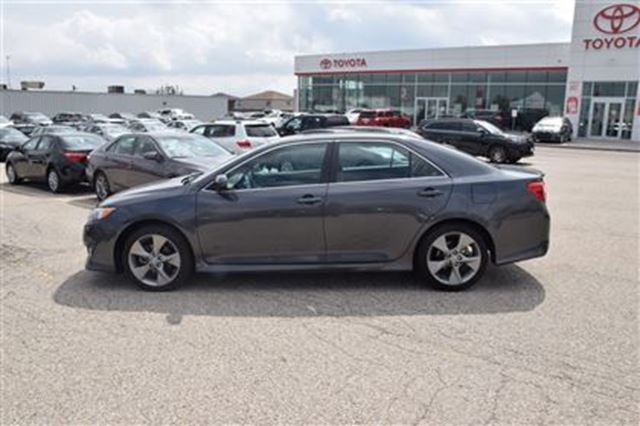 2012 toyota camry se georgetown ontario used car for sale 2738758. Black Bedroom Furniture Sets. Home Design Ideas