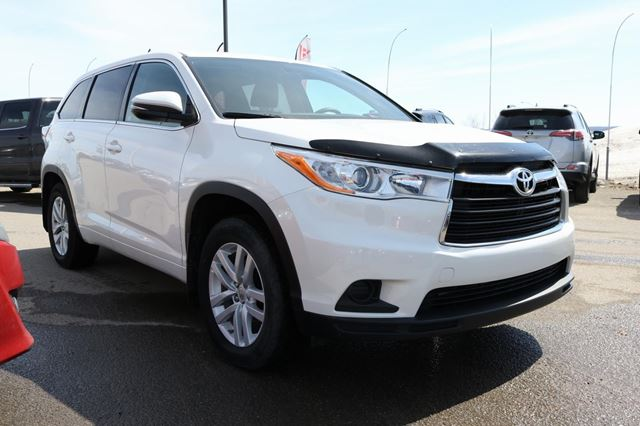 2014 toyota highlander le awd gatineau quebec car for sale 2738742. Black Bedroom Furniture Sets. Home Design Ideas