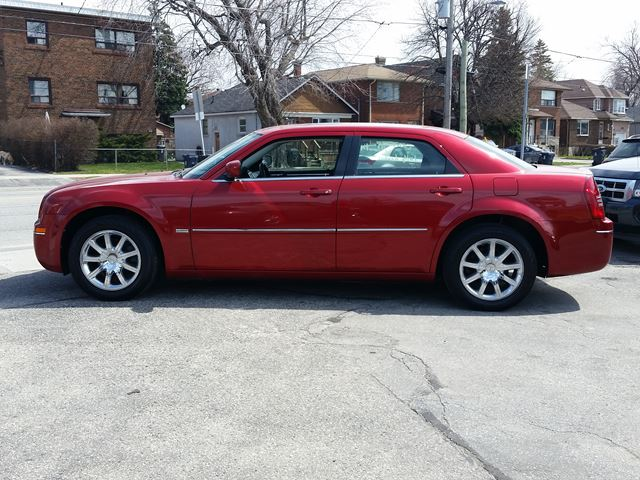 2009 chrysler 300 touring scarborough ontario used car. Black Bedroom Furniture Sets. Home Design Ideas