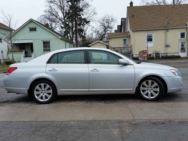 2006 toyota avalon xls st catharines ontario car for. Black Bedroom Furniture Sets. Home Design Ideas