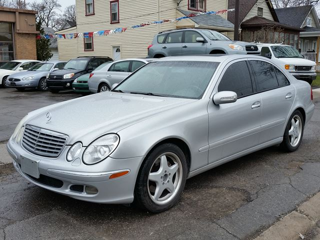 2003 MERCEDES-BENZ E-CLASS 5.0L E500 in St Catharines, Ontario