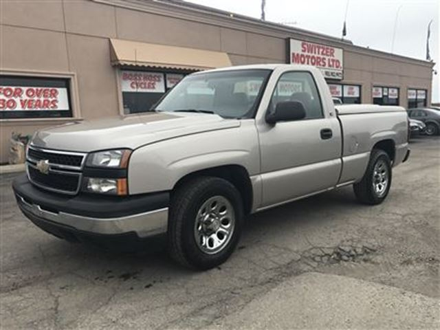 2006 Chevrolet Silverado 1500 REGULAR CAB, 2WD....EXCELLENT CONDITION! in Orono, Ontario